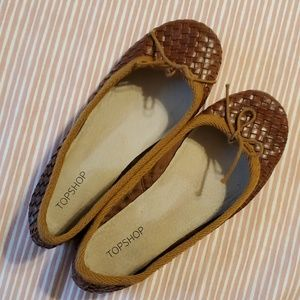 Topshop woven leather flats. Size 36. Ladies 6